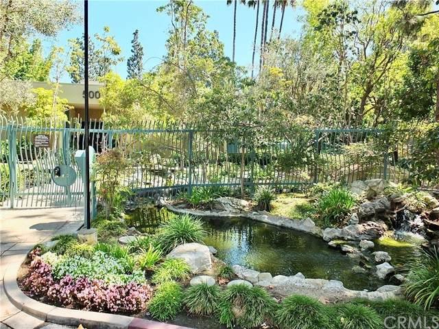 412 N Bellflower Boulevard #211, Long Beach, CA 90814 (#PW21142968) :: COMPASS