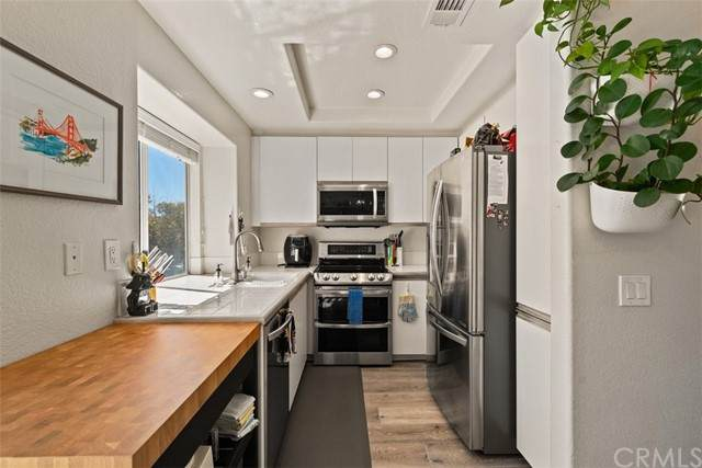 49 Whippoorwill Lane, Aliso Viejo, CA 92656 (#PW21203434) :: SunLux Real Estate