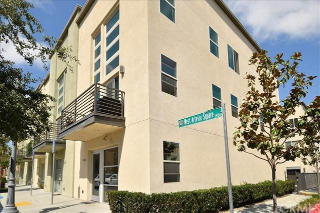 1506 W Artesia A, Gardena, CA 90248 (#TR21200932) :: SunLux Real Estate