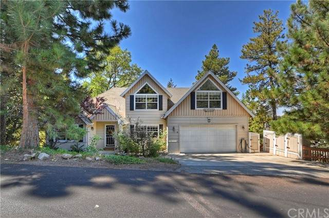 27311 Matterhorn Drive, Lake Arrowhead, CA 92352 (#EV21204635) :: SunLux Real Estate