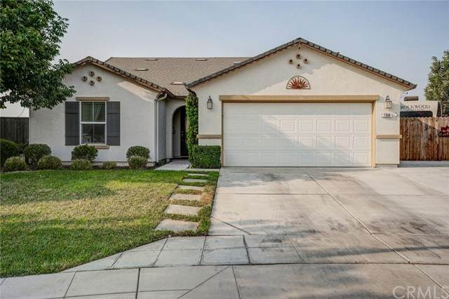 1306 Coconut, MADERA, CA 93638 (#FR21204636) :: San Diego Area Homes for Sale