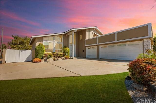 7651 Gonzaga Place, Westminster, CA 92683 (#PW21204658) :: Keller Williams - Triolo Realty Group