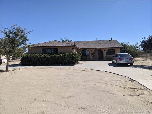 3636 E Avenue H, Lancaster, CA 93535 (#MB21205033) :: Windermere Homes & Estates