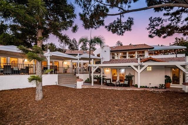 1346 Sugarbush Drive, Vista, CA 92084 (#NDP2110786) :: Rubino Real Estate