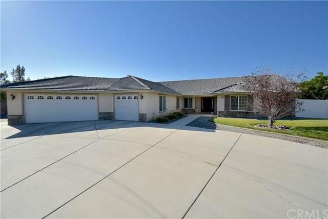 19131 Yanan Road, Apple Valley, CA 92307 (#CV21205159) :: Windermere Homes & Estates