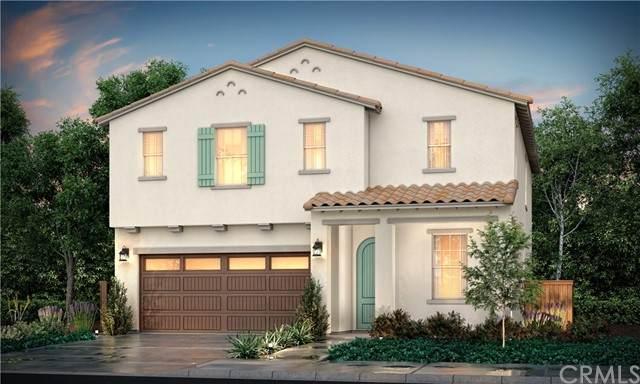 913 W Jasmine Avenue, Rialto, CA 92376 (#CV21206365) :: The Stein Group