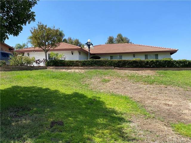 15911 Rancho Viejo Drive, Riverside, CA 92506 (#IV21207095) :: Carrie Filla & Associates