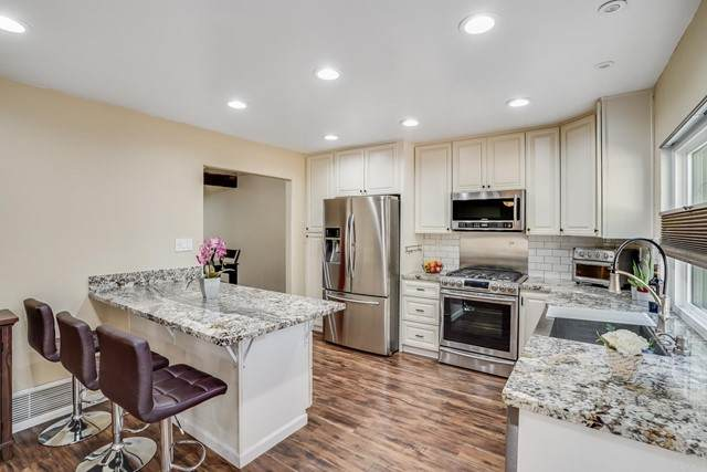 1651 S Juniper #11, Escondido, CA 92025 (#NDP2110930) :: Solis Team Real Estate