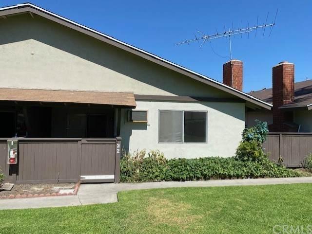 9166 Cerritos Avenue #32, Anaheim, CA 92804 (#IG21208684) :: Solis Team Real Estate
