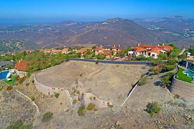 Camino De Arriba Lot 148, Rancho Santa Fe, CA 92067 (#NDP2110957) :: Compass