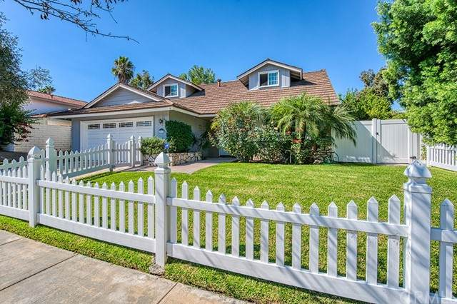 25121 Ericson Way, Laguna Hills, CA 92653 (#OC21173025) :: The Legacy Real Estate Team