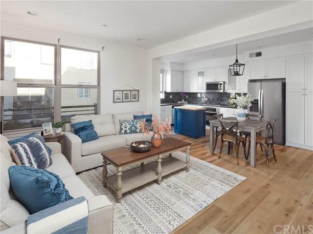5412 W 149th Place #1, Hawthorne, CA 90250 (#SB21192527) :: Windermere Homes & Estates