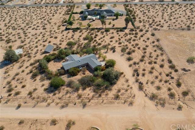 5845 Carodean Road, 29 Palms, CA 92277 (#JT21210587) :: Wannebo Real Estate Group