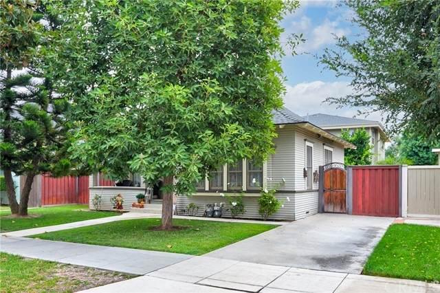 335 S Grand Street, Orange, CA 92866 (#PW21212667) :: Windermere Homes & Estates