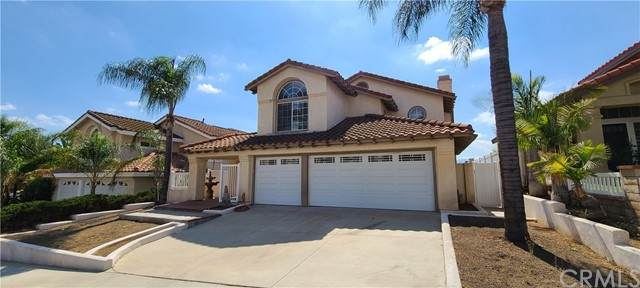 416 Dylan Drive, Corona, CA 92879 (#IG21215903) :: Wannebo Real Estate Group