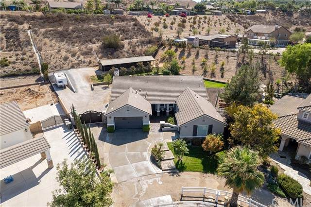 3021 Curly Horse Way, Norco, CA 92860 (#PW21214378) :: Rubino Real Estate