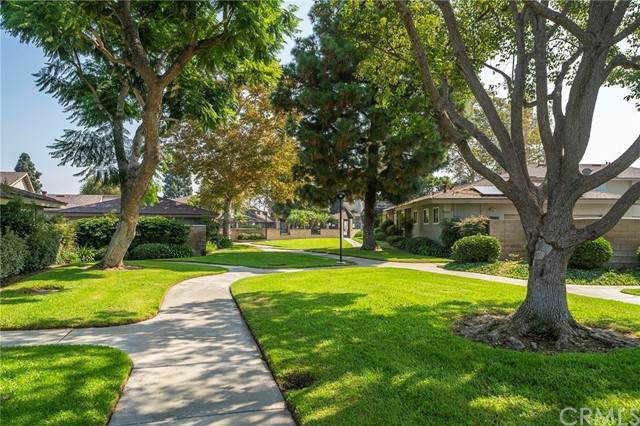 13924 Dawson Street, Garden Grove, CA 92843 (#OC21216320) :: PURE Real Estate Group
