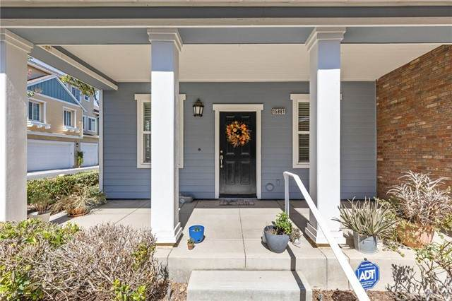 15881 Birdfeeder Lane, Chino, CA 91708 (#TR21221523) :: Keller Williams - Triolo Realty Group