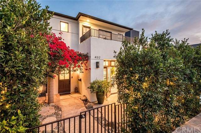 432 35th Street, Manhattan Beach, CA 90266 (#SB21223572) :: Windermere Homes & Estates