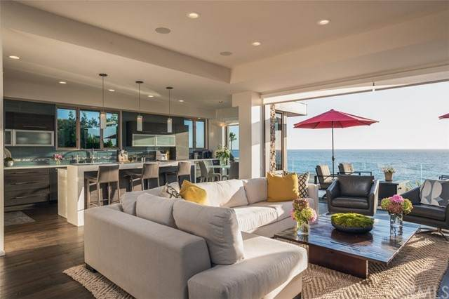 36 Lagunita Drive, Laguna Beach, CA 92651 (#PW21225293) :: Windermere Homes & Estates