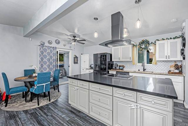 391 E Naples Street, Chula Vista, CA 91911 (#PTP2107155) :: Windermere Homes & Estates