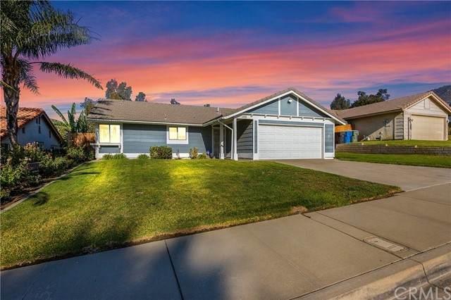6204 Mandy Lane, San Bernardino, CA 92407 (#OC21226425) :: Wannebo Real Estate Group