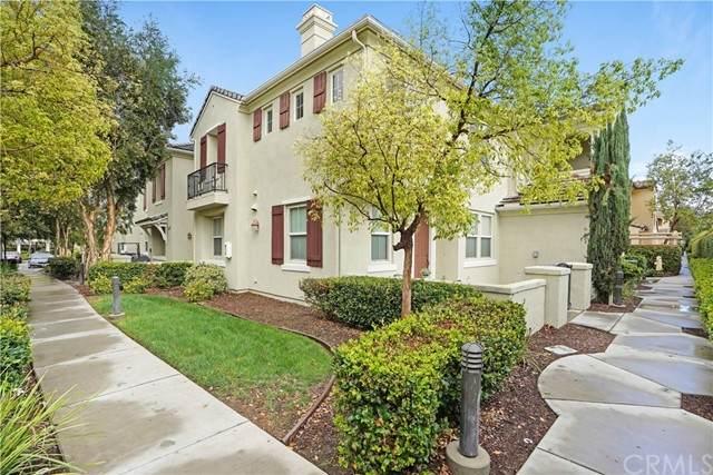 1800 E Lakeshore Drive #2411, Lake Elsinore, CA 92530 (#PW21227617) :: American Dreams Real Estate