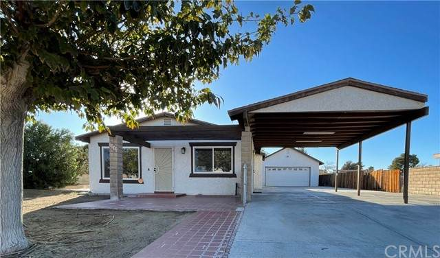 2032 Sequoia Drive, Barstow, CA 92311 (#CV21229112) :: SunLux Real Estate