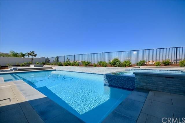13833 Lemonade Circle, Riverside, CA 92503 (#SW21208061) :: American Dreams Real Estate
