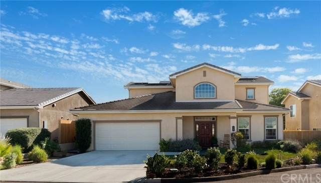 150 Kaden Court, Fallbrook, CA 92028 (#SW21229619) :: Solis Team Real Estate