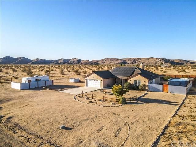 64184 Sun Mesa Road, Joshua Tree, CA 92252 (#JT21229833) :: COMPASS