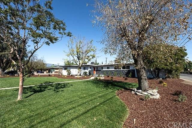 1613 N Encina Avenue, Rialto, CA 92376 (#CV21229913) :: Dannecker & Associates