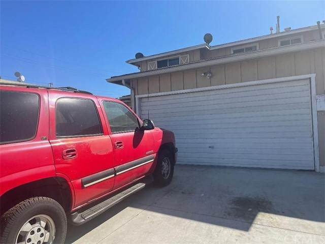 1260 E Radbard Street, Carson, CA 90746 (#SB21229990) :: SD Luxe Group