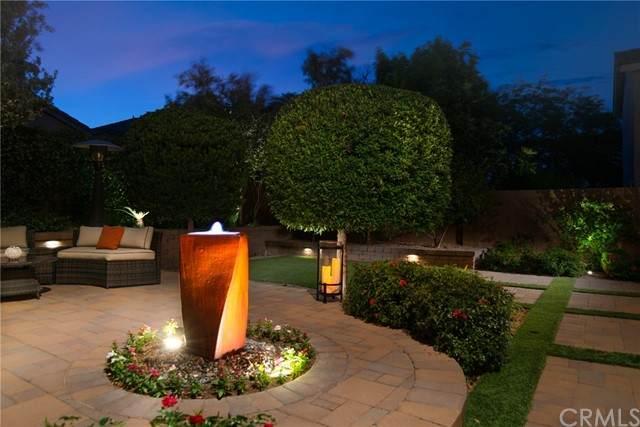 57 Coyote Hills Street, Las Vegas, NV 89012 (#SB21231286) :: American Dreams Real Estate