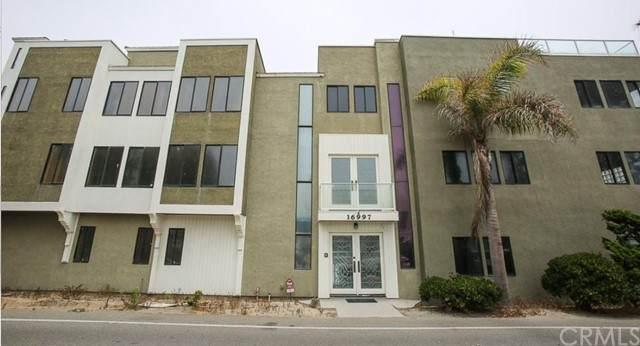 16995 8th Street, Sunset Beach, CA 90742 (#OC21231574) :: Windermere Homes & Estates