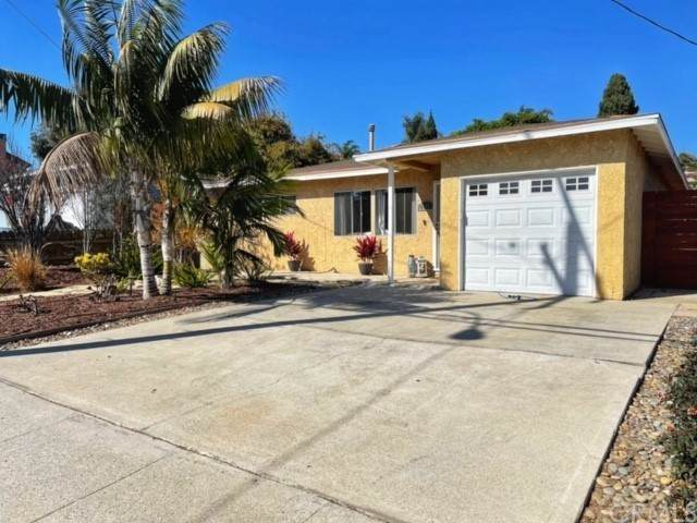 2403 Ralston Lane, Redondo Beach, CA 90278 (#SB21231406) :: Dannecker & Associates