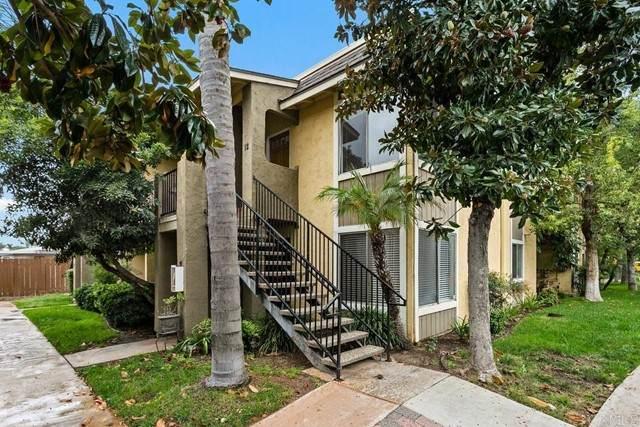 1039 E Washington Avenue #12, Escondido, CA 92025 (#NDP2111898) :: Keller Williams - Triolo Realty Group
