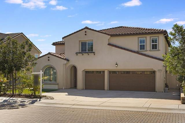 626 Amarra Lane, Vista, CA 92083 (#NDP2111901) :: PURE Real Estate Group