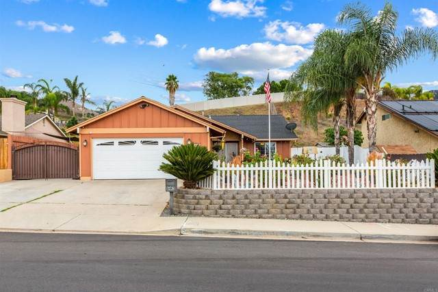 8443 Cordial Rd, El Cajon, CA 92021 (#NDP2111905) :: Rubino Real Estate