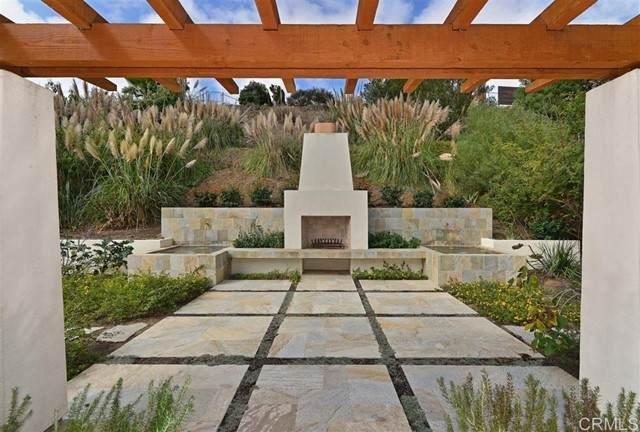 13390 Mango Drive, Del Mar, CA 92014 (#NDP2111940) :: Keller Williams - Triolo Realty Group
