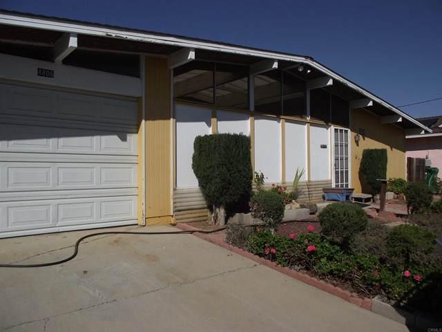 4806 Siesta Place, Oceanside, CA 92057 (#NDP2112020) :: Dannecker & Associates
