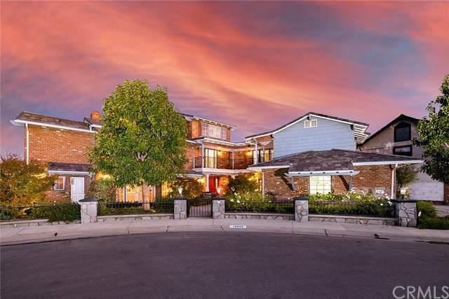 16602 Nalu Circle, Huntington Beach, CA 92649 (#OC21235846) :: Windermere Homes & Estates