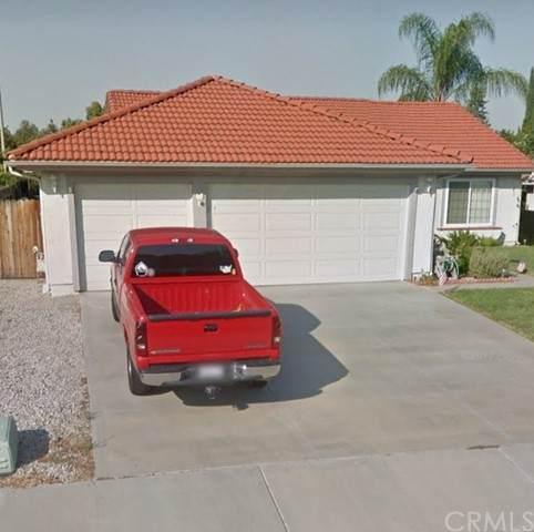 39677 Firethorn Court, Murrieta, CA 92563 (#PW21234967) :: Compass