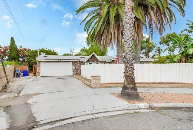 1021 Broadview Street, Spring Valley, CA 91977 (#NDP2112117) :: Compass