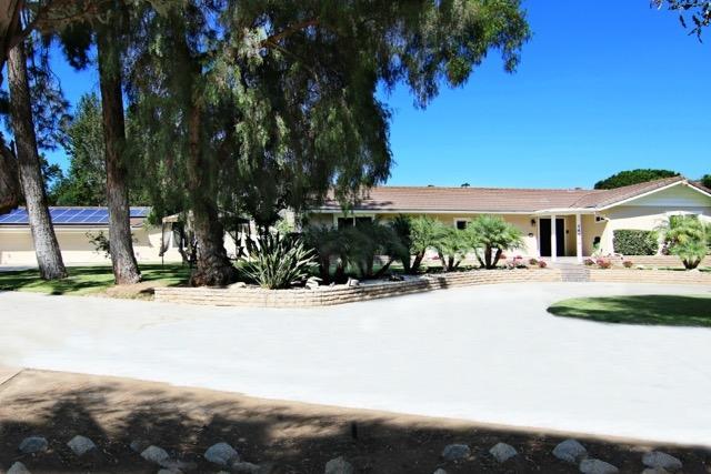 14904 Espola Rd, Poway, CA 92064 (#170049566) :: Coldwell Banker Residential Brokerage