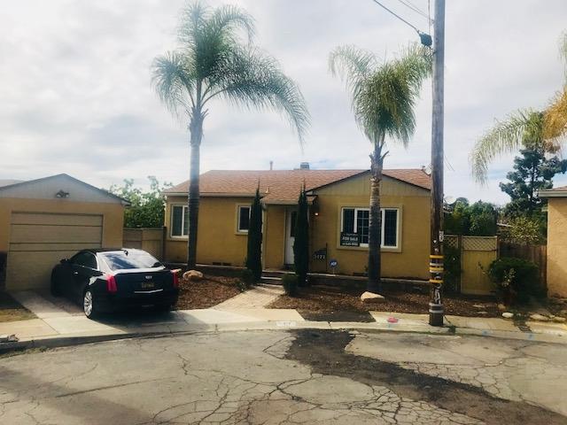 5171 Silk Place, San Diego, CA 92105 (#180007129) :: The Houston Team | Coastal Premier Properties