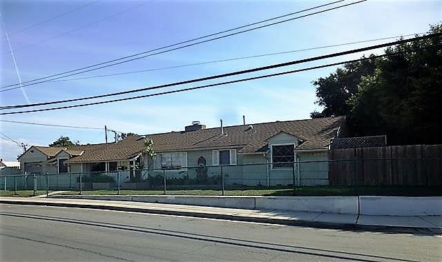 1407 Fern Avenue, Imperial Beach, CA 91932 (#180008293) :: Douglas Elliman - Ruth Pugh Group