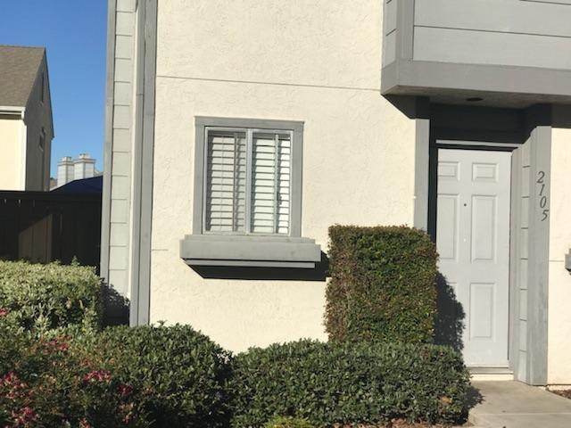 2105 Kings View Cir, Spring Valley, CA 91977 (#180012585) :: The Yarbrough Group