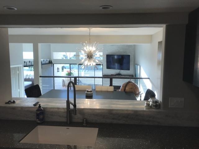 2501 Navarra Drive #114, Carlsbad, CA 92009 (#180040040) :: Keller Williams - Triolo Realty Group