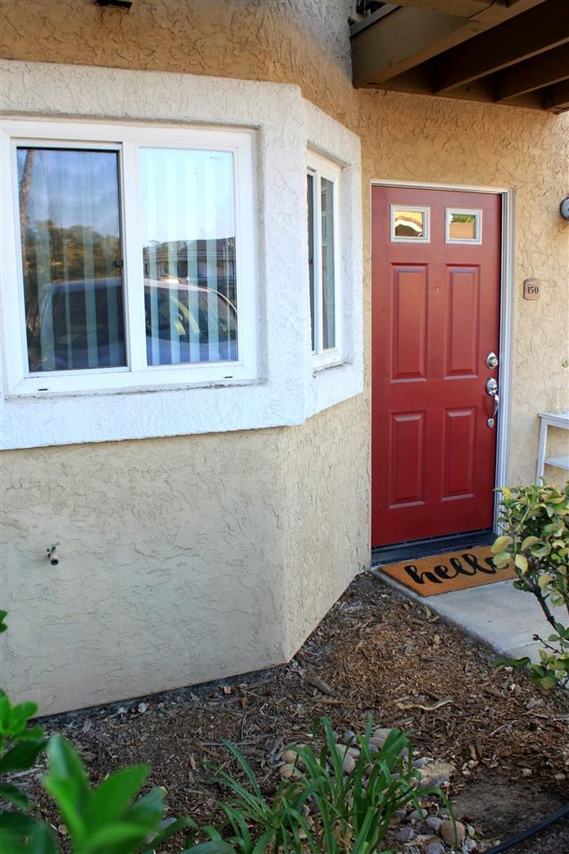 495 San Pasqual Valley Road #150, Escondido, CA 92027 (#180045563) :: The Yarbrough Group